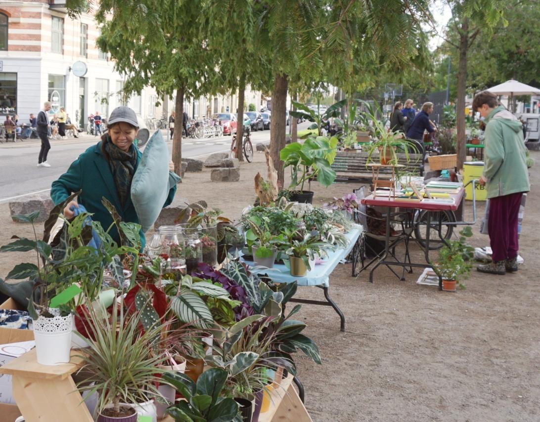 Plantemarkedet i Absalon – hvor hyggeligt var det lige!💚